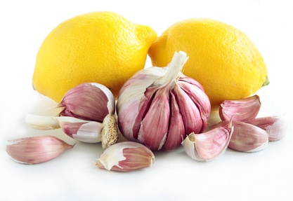garlic and lemons as natural medicine